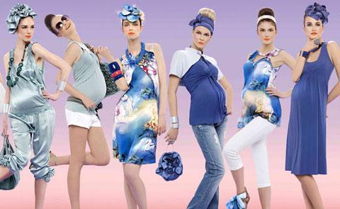 Пусть лето уже подходит к концу, но мы с вами всё равно должны посмотреть некоторые фото весенне-летней коллекции для будущих мам от итальянского дизайнера
