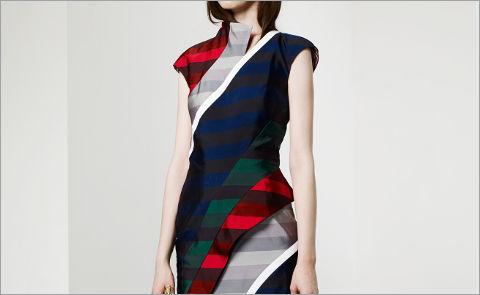 платье из ткани в полоску