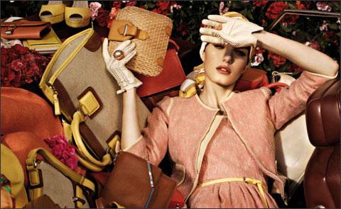 Модный сезон весна-лето 2012 приготовил нам огромный выбор интересных сумок.